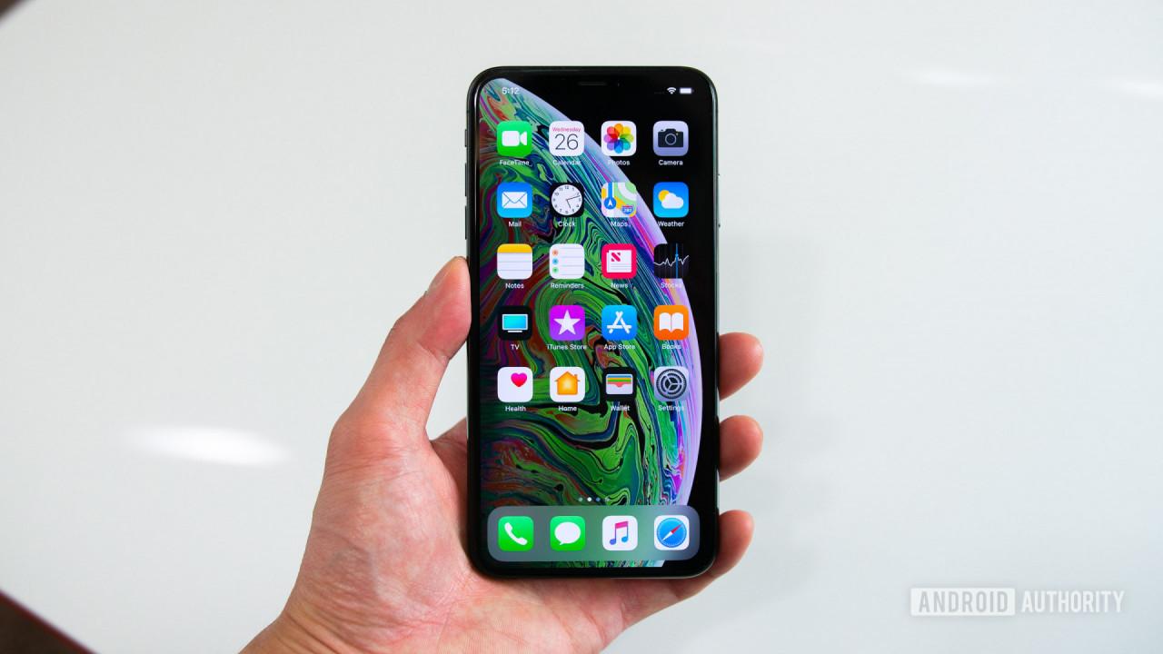 Apple-iPhone-XS-Max-nuti-mobi-1456789