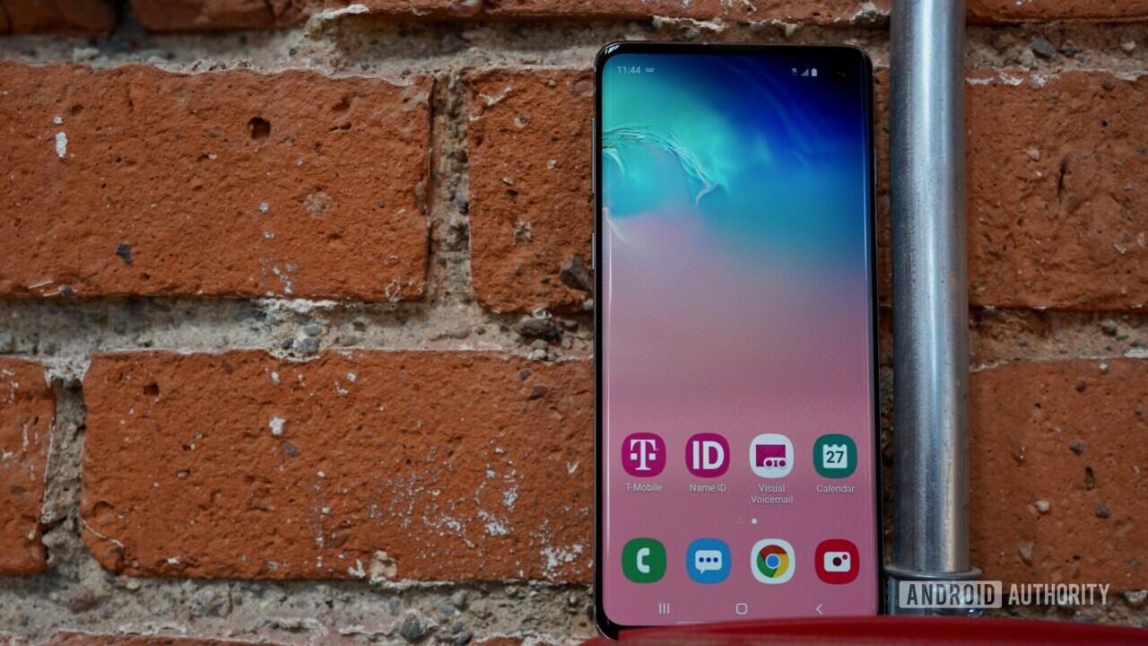 Samsung-Galaxy-S10-screen-nuti.mobi