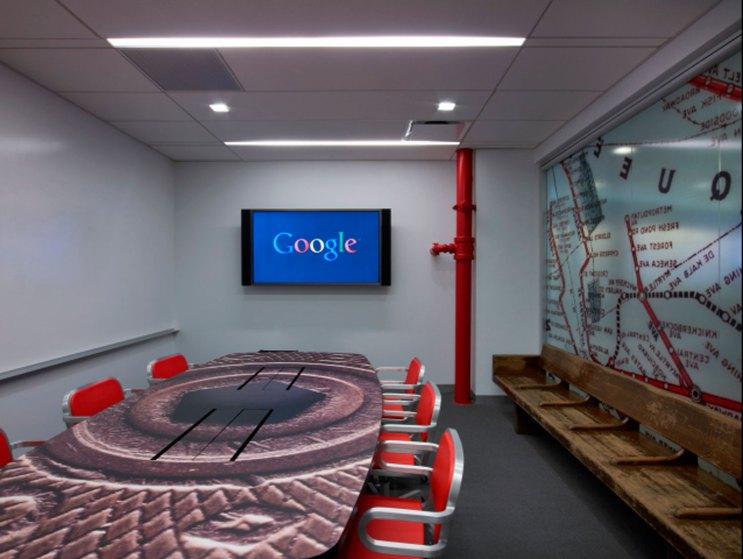 google -subway-themed-meeting-room1